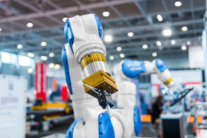 Cobots enter the construction projects and are expected to provide greater benefits.